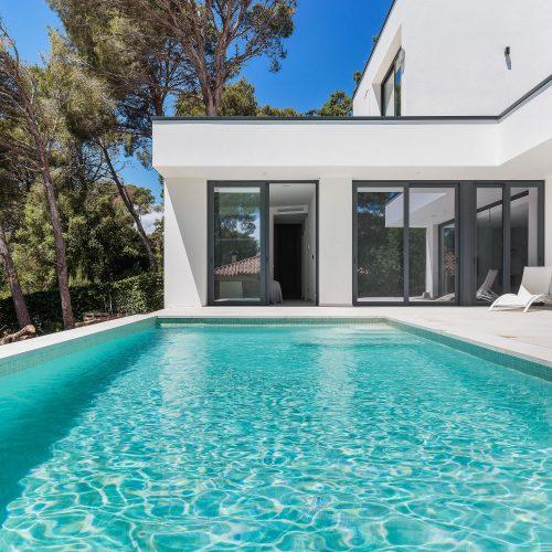 Casa exterior arquitetura fotografia piscina marketing imobiliario Signimo