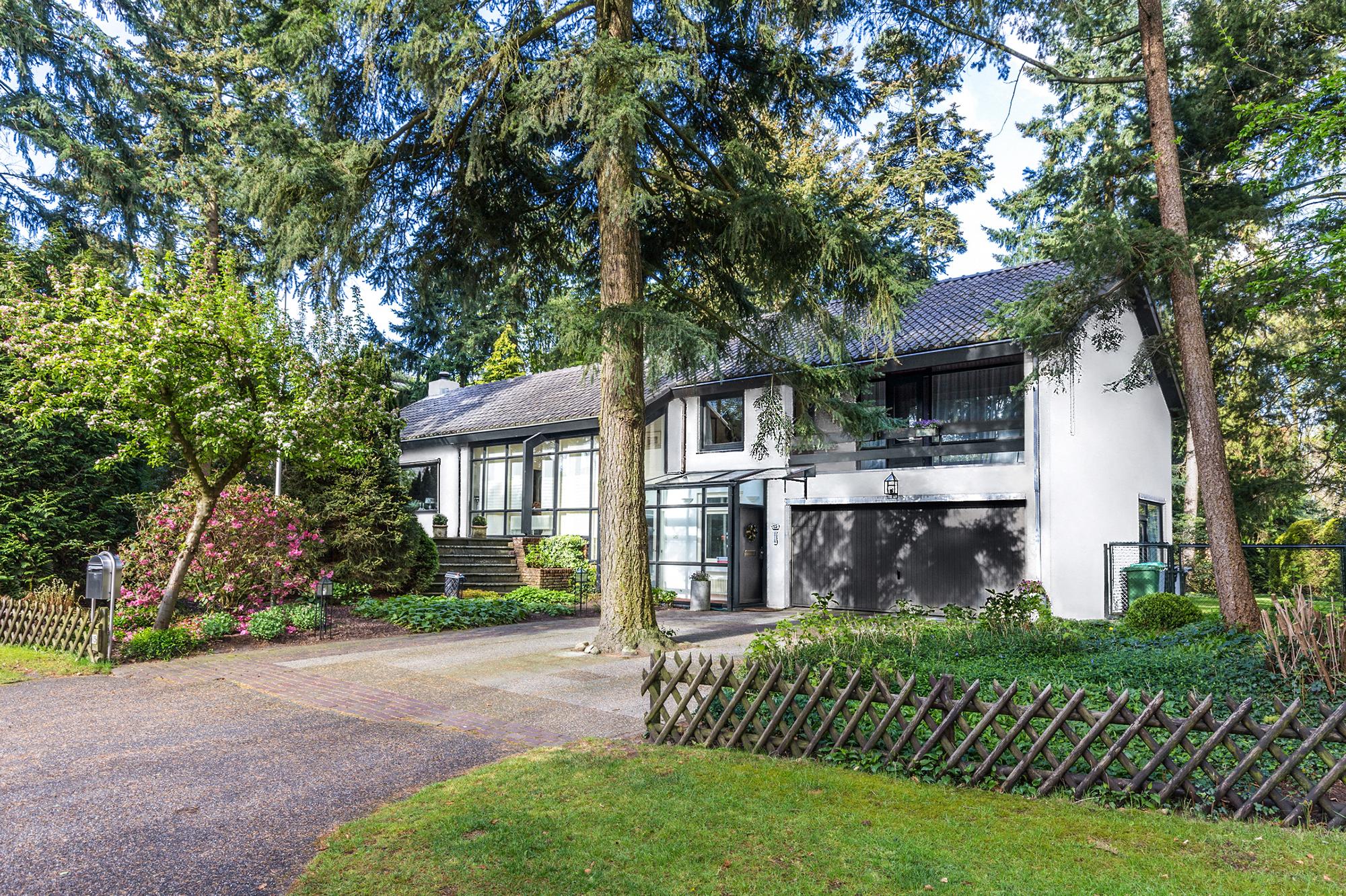Casa exterior arquitetura marketing imobiliario Signimo fotografia drone